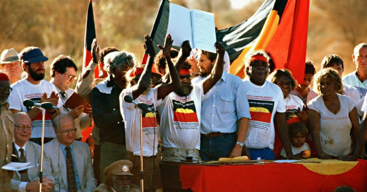 uluru australias fear closure climb land rights